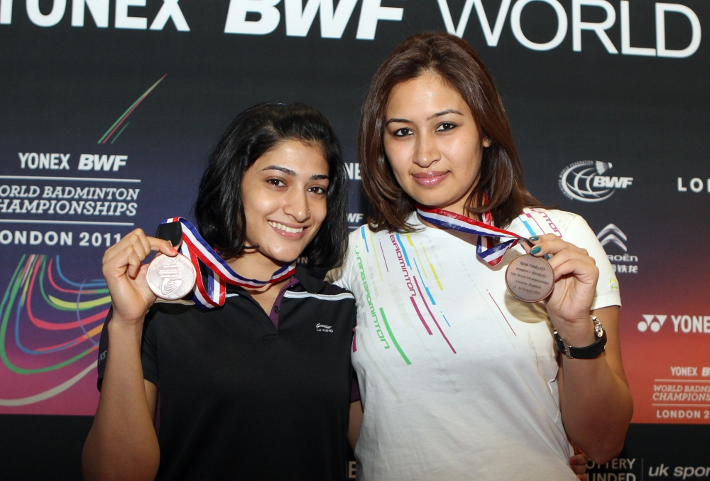 Ashwini Ponnapa & Jwala Gutta_World Championships 2011