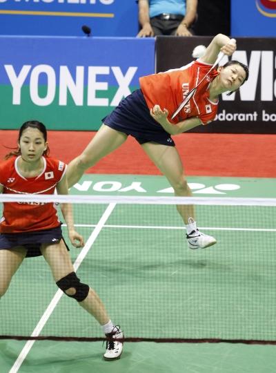 8_Misaki & Ayaka-v