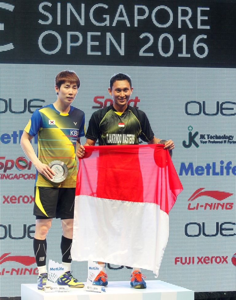 Singapore Open 2016 - Day 6 - Men's Singles presentation ceremony