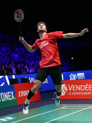 Jan Jorgensen_smash-v