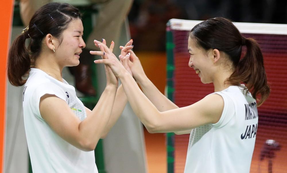 Wrap_Misaki Matsutomo & Ayaka Takahashi