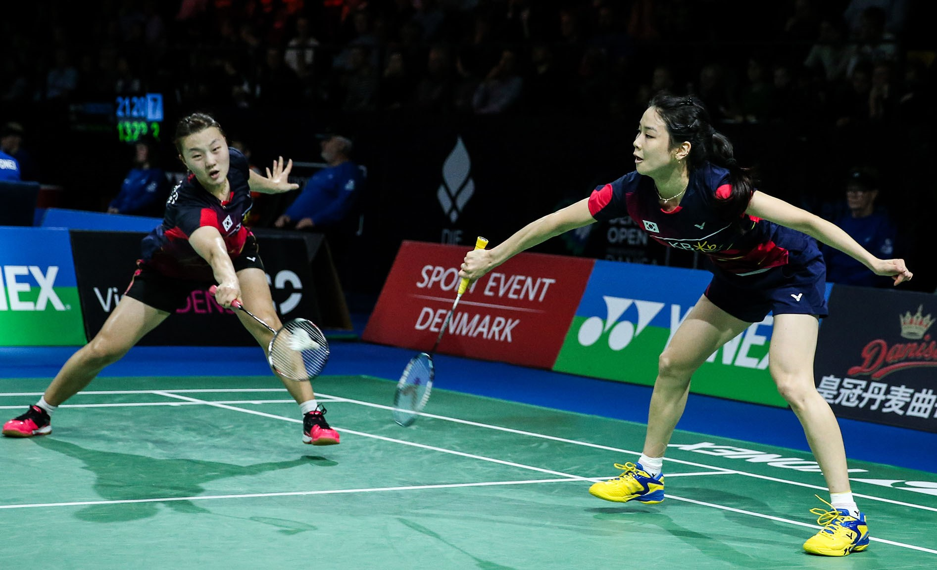 denmark-open-2016-day-5-jung-kyung-eun-shin-seung-chan-of-korea
