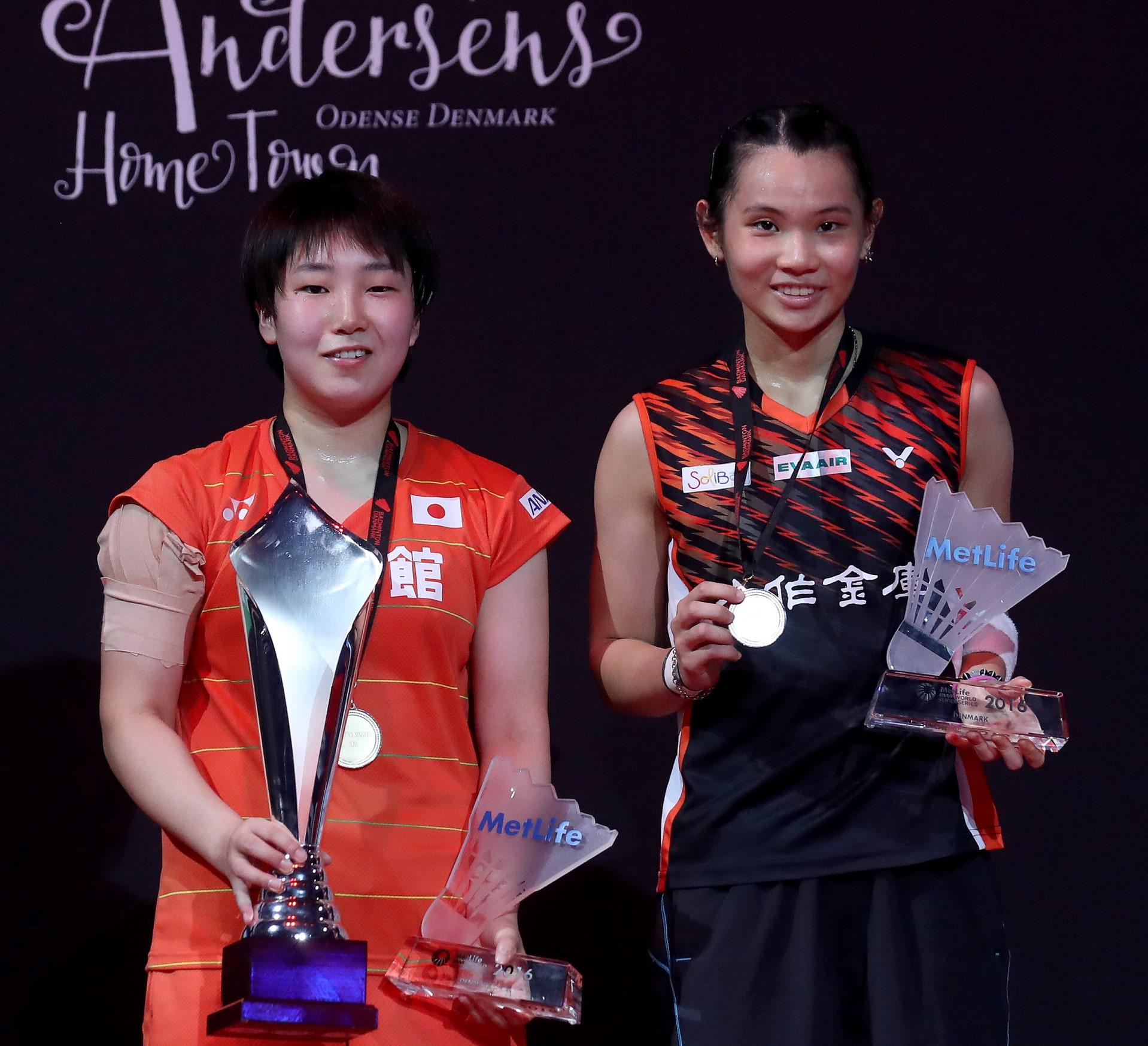 Tai Tzu Ying (Chinese Taipei) and Akane Yamaguchi of Japan (left)